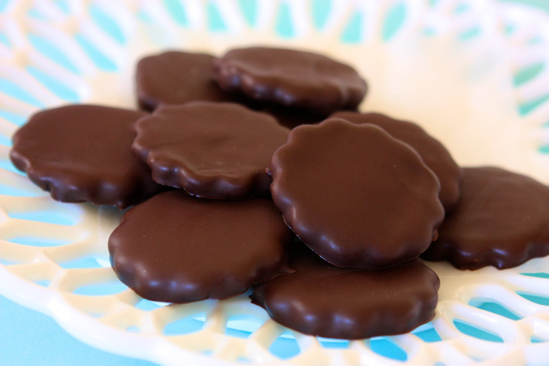 Thin Mints Candy Make homemade thin mints,