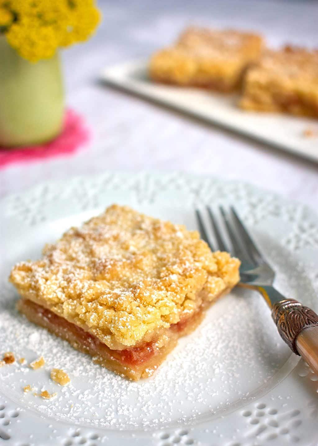 Rhubarb Shortbread Recipe: Dairy, egg & nut-free #vegan | speedbumpkitchen.com
